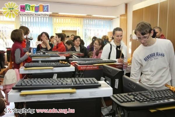 Számítógép Álom 2013: Tehetség gyerekeket támogattunk számítógépekkel